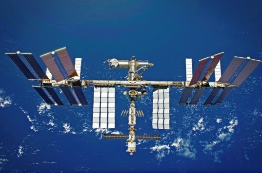 European Space Agency, ESCUBE, hammer escube, glass production, space glass, space sensors, international space station,