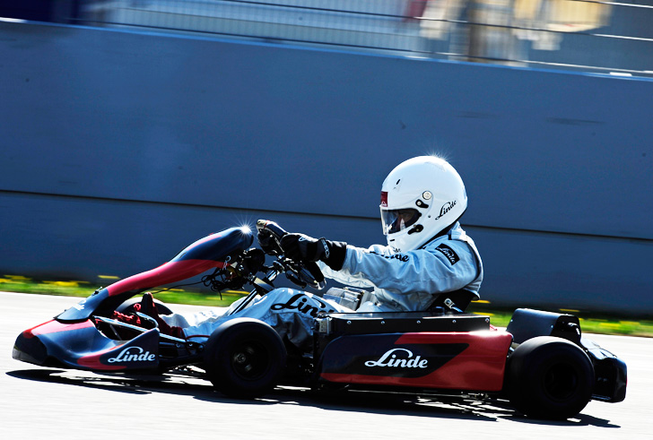 Linde E1 Electric Go Kart Sets World Record For Fastest 0 60 Acceleration