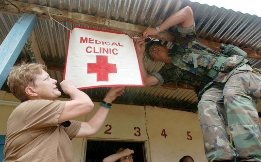 sterilize, how to sterilize, how to sterilize without electricity, how to sterilize without power, medical clinic, medicine in the developing world, developing world medical clinic, hospital