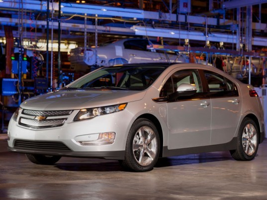 chevy volt, chevy volt gas mileage, government electric vehicles, government plug in vehicles, government plug in hybrid electric vehicles, obama electric vehicle mandate, one million electric vehicles, one million electric cars