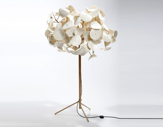 Made in Sweden, leaf lamp, Peter Schumacher, tree lamps, green lamps, led lamps, green interiors, green design, Green Furniture Sweden, sustainable birch wood, flat pack lamps, flat pack designs