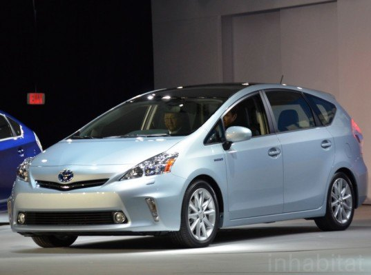 Toyota Prius Alpha, Toyota sales, Toyota Prius demand, green automotive design, hybrid minivan, alternative transportation, green transportation
