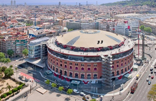 green design, eco design, sustainable design, Richard Rogers, Barcelona, Bullfighting ring, Las Arenas, Repurposed architecture, Spanish shopping center
