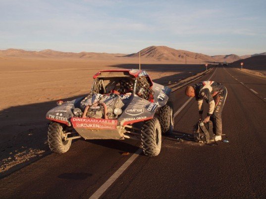 McRae Buggy Dakar Rally, McRae electric race buggy, McRae Pro Dakar EV, Dakar Rally, Tim Coronel, Alister McRae, electric race car, electric rally car, green automotive design, alternative transportation, green transportation