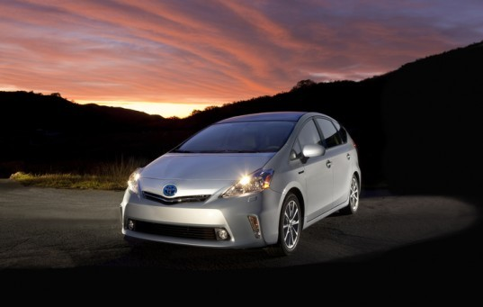 Toyota Prius plug-in, Toyota plug-in hybrid, Prius plug-in hybrid, fourth-generation Prius, green transportation, alternative transportation, green automotive design