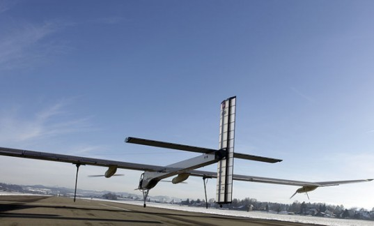 Solar Impulse, Green transportation, solar power, solar plane, Andrew Borschberg, Switzerland, Le Bourget Air Show