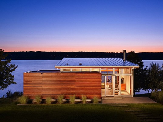 Vashon Island, cabin, Vandeventer + Carlander Architects, Washington, green cabins, green retreats, eco cabin, eco homes, green homes, solar passive homes, solar passive retreats