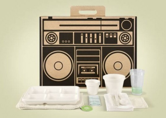boxsal, Boxsal Urban Picnic Box, picnic boombox, picnic baskets, modern picnic baskets, compostable picnic box, compostable bowls, compostable utensil sets, compostable cups, recycled napkins, compostable trash bags