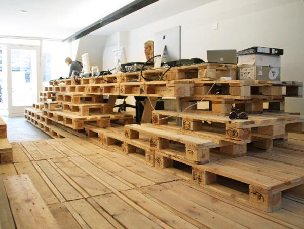 Brandbase's Amsterdam office built from pallets ... on Pallet Design  id=98770
