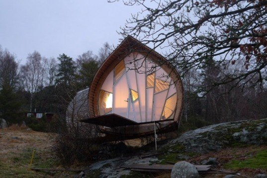 herring house, Hus.Ett house, Torsten Ottesjö, compact construction, micro structure, micro home, wood homes, small architecture, micro architecture, green homes, tiny homes, tiny houses, tine green houses, swedish design, sustainable swedish design, green swedish design, green building, portable homes