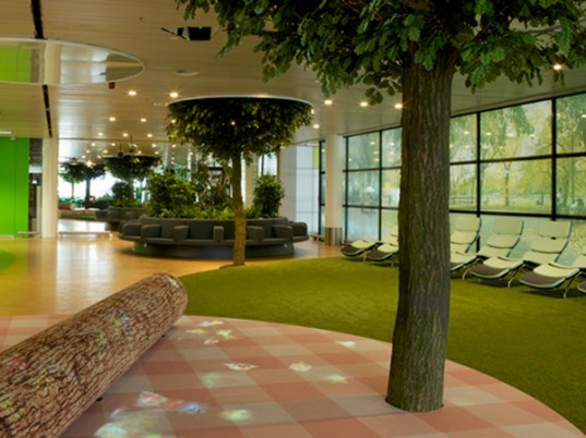 Amsterdam Schipol opens Airport Park designed by Maurice Mentjens