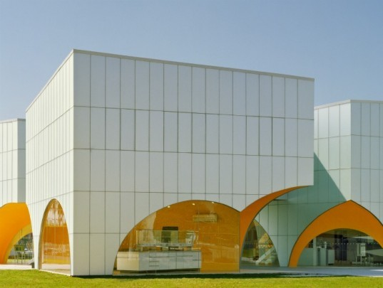 Nestle Innovation Lab, Rojkind Arquitectos, nestle, eco lab, mexico, green building, sustainable architecture, chocolate factory
