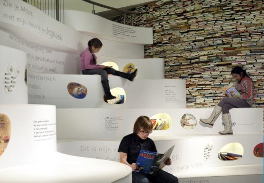 green design, eco design, sustainable design, The Children's Book Museum in the Hague, Platvorm, Grob Enzo, Papiria, book wall, upcycled books
