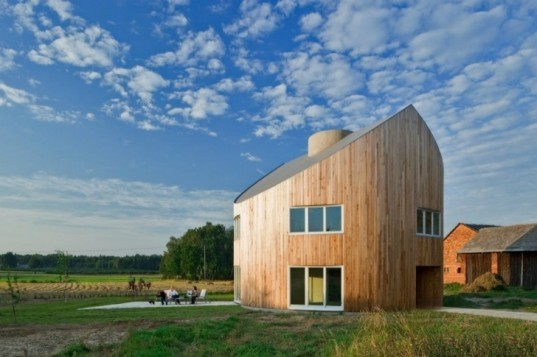 Standard House, KWK Promes, poland, circular house, prefab house, sustainable housing,