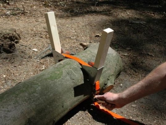 Diy Build Your Own Awesome Log Bench With The Bosbank