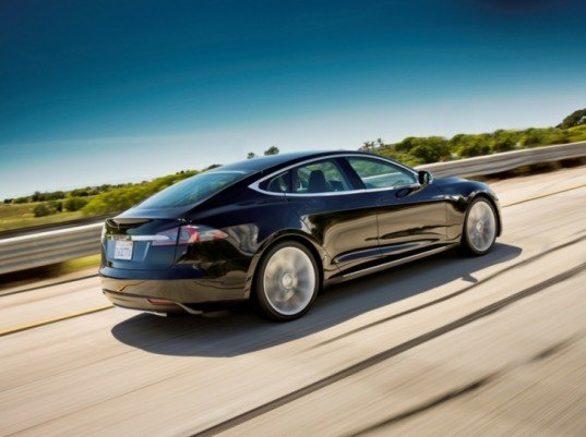 Tesla Model S, Tesla Model S design, Tesla Model S photos, electric car, electric vehicle, green automotive design, alternative transportation, green transportation