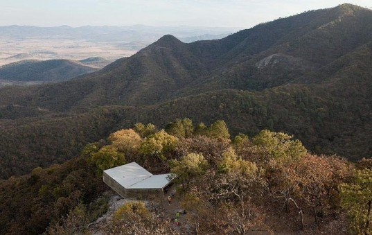 Eco-tourism, sustainable architecture, ecological corridor, Elemental architects, Ruta del Pelgrino, Jalisco mountains, lookout point, green design, sustainable design, eco-design
