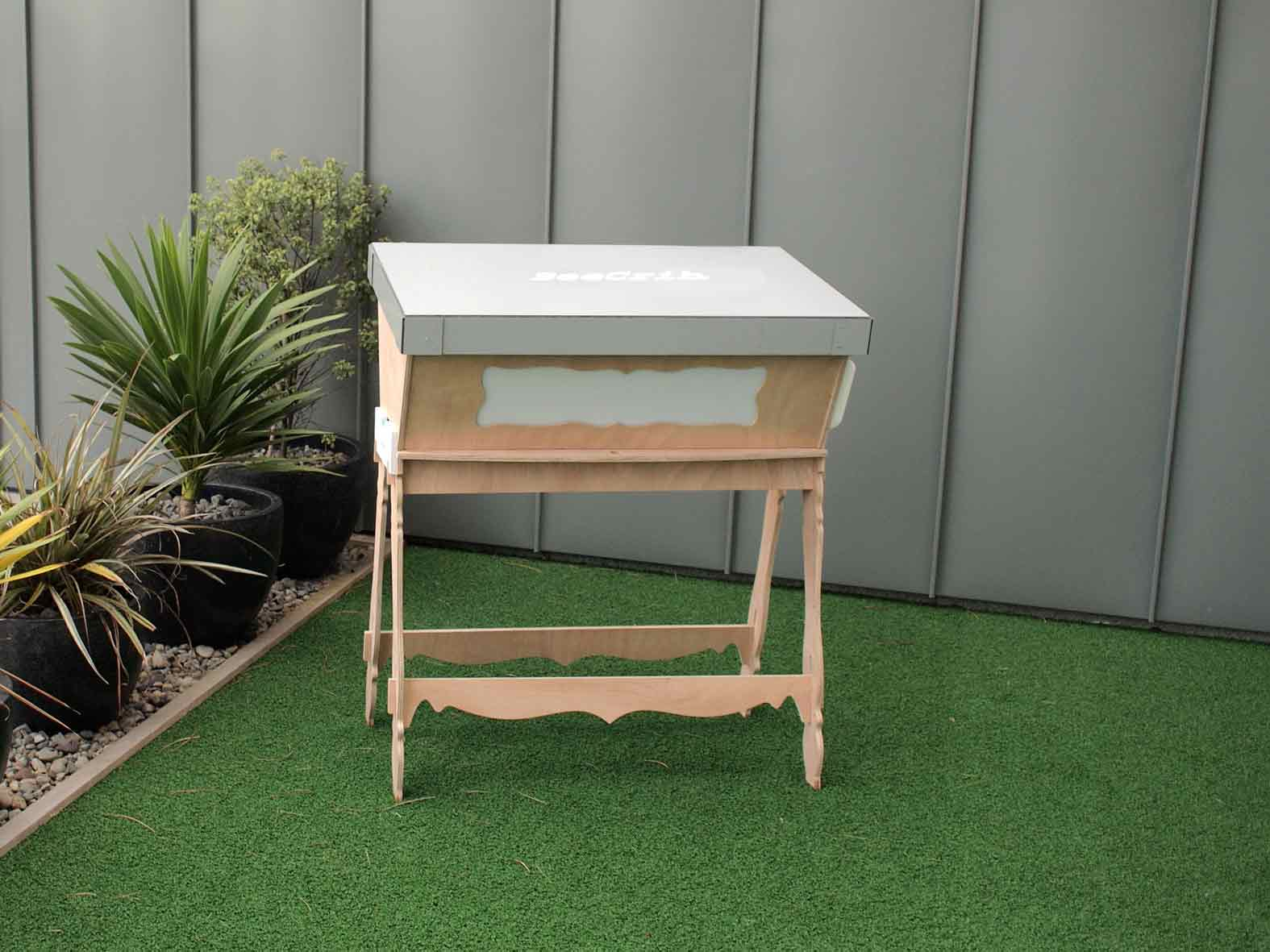 The BeeCrib is a Flat-Pack Bee Hive to Make Urban Beekeeping a ...