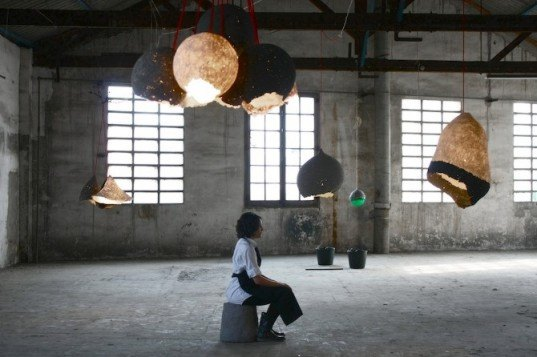green design, eco design, sustainable design, Enrique Romero, recycled newspapers, recycled lamp, newspaper pulp lamp