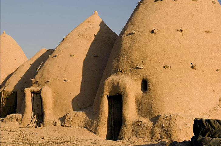 These Earthen Quot Beehive Quot Houses Have Been Keeping Syrians
