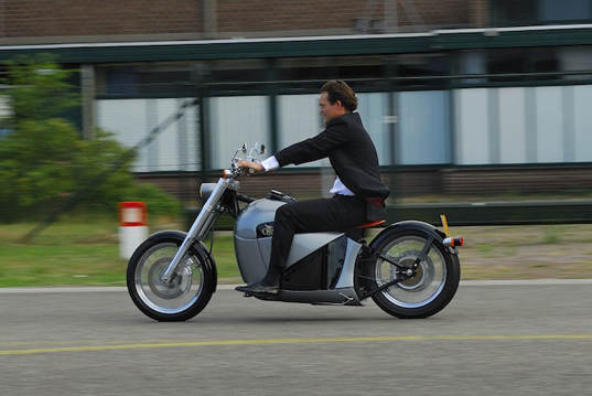 electric motorcycle, eco friendly motorcycle, eco motorcycle, sustainable motorcycle, green motorcycle, eco bike, sustainable bike, electric bike, sustainable transportation, green transportation, eco friendly transportation, orphiro, eco transportation, alternative motorcycle
