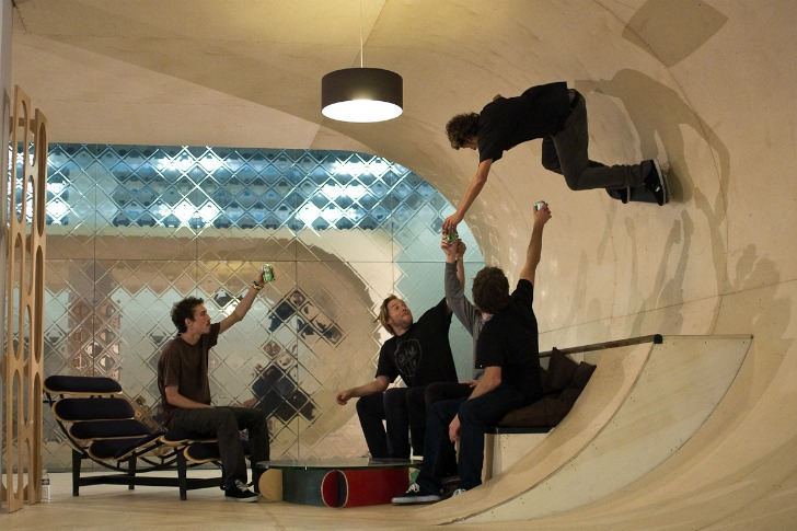 Pas skate house an eco home where you can skateboard on any surface