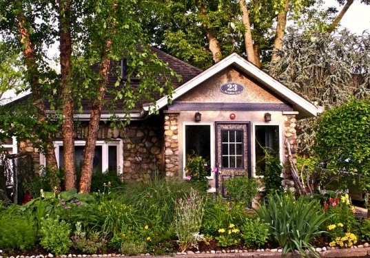 stone cottage, 23 meadow lane, green homes for sale, small homes for sale, suffern ny, sustainable homes, green architecture, landscape architecture, green country cottage