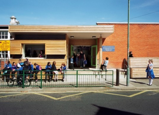 green building, green design, sustainable design, eco design, alternative energy, solar energy, photovoltaic panels, energy counter, Westborough Primary School, Cottrell & Vermeulen Architects, United Kingdom, reduced carbon emissions