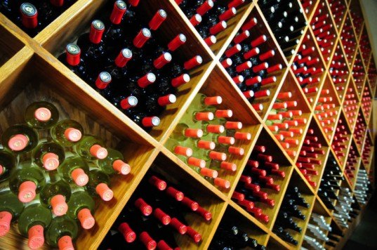 packaging the future, boxed wine, green design, green packaging, sustainable design, sustainable packaging materials, bottled wine, green wine, eco wine, sustainable wine, green products, tetra pak wine