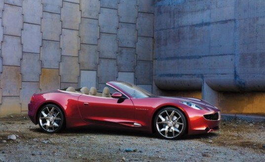 Leonardo DiCaprio, Fisker Karma, range-extended EV, EV, electric vehicle, electric car, luxury EV, EV sports car, electric sports car, green transportation, alternative transportation, green automotive design