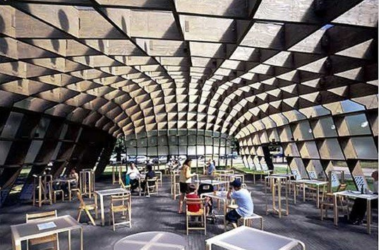 green design, eco design, sustainable design, Serpentine Gallery, Alvaro Siza Vieira, Eduardo Souto de Moura, Ceil Balmond Arup, Hyde Park, London, Polycarbonate panels, solar panels, temporary structures
