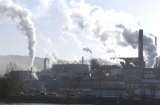 2007 Kyoto Protocol Implementation Act (KPIA), Canada emission target, canada 2020 emission reduction target, National Round Table on the Environment and the Economy (NRTEE), nrtee canada emissions