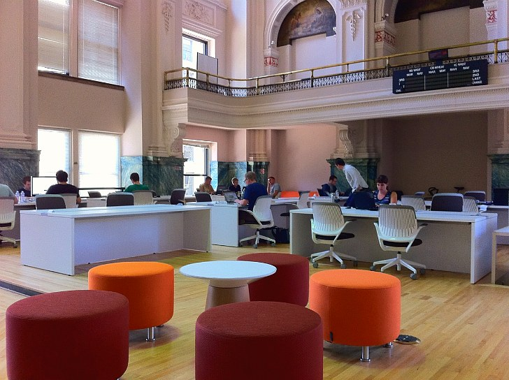 Minneapolis grain exchange renovated into coco Collaborative workspace design