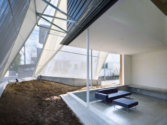 Kodaira-shi Residence, Suppose Design Office, Tent House, shade screen, daylighting, natural ventilation, tokyo