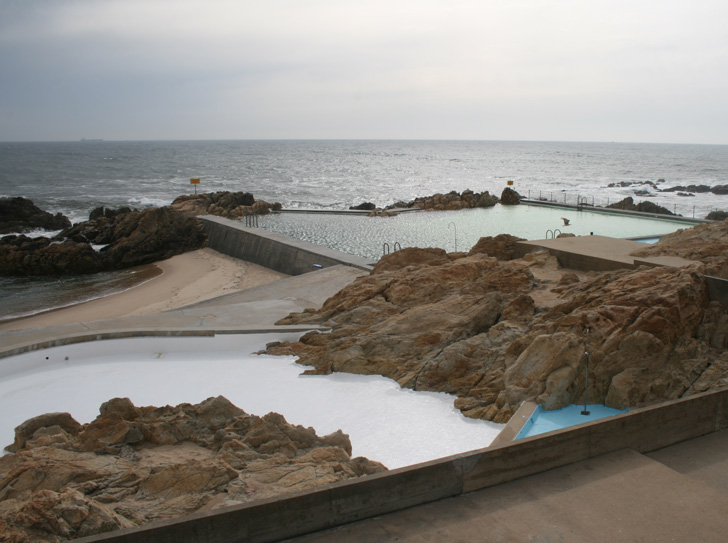 Leça Swimming Pools Are made from A Fusion of Nature and Man ...