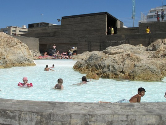 seaside pool, public pool design, green pool design, environmental pool, kids pool, natural pool sit,portugal green building, classic green building, eco pool, eco pool design, natural pool, site specific design,