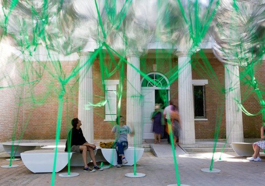 green design, eco design, sustainable design, Instant Untitled, MOS Architects, Venice Biennale, Mylar Balloons, Andy Warhol's Silver Clouds, Floating pavilion, temporary pavilion, balloon canopy