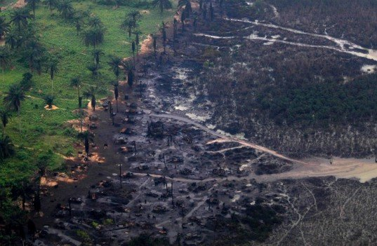 bodo oil spill, shell nigeria oil spill, niger delta oil spill, largest oil spill clean up in the world, shell oil spill bodo, bodo oil spill damage, oil spills nigeria