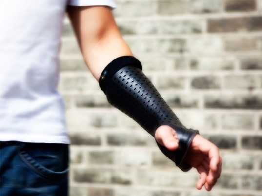"High-Tech Orthopedic Cast Heals Fractures With ""Smart"" Technology ..."