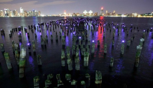 reflecting the stars, windmill factory, hudson river led light installation, solar powered lights, solar powered led lights, solar power art