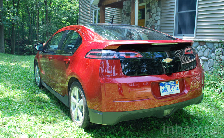 How Long Does It Take To Charge A Chevy Volt >> TEST DRIVE: Inhabitat Lives with the 2012 Chevy Volt for a Week   Inhabitat - Green Design ...