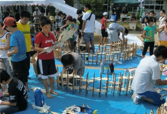 Kesennuma Fish Arch, Keio University, student project, tsunami relief, temporary pavilion, art installation, japan