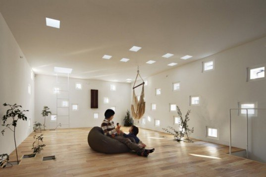 Takeshi Hosaka Architects, tiny house, contemporary Japanese home design,Japanese home addition, Japan eco design, skylights, building design for deaf, pixelated, green design, mini house, Japan green house, Tokyo green house, eco home, eco home design, green addition,