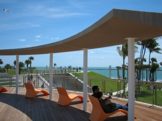 South Pointe Park, Hargreaves Associates, urban green space, hurricane resistant, park, south beach, florida