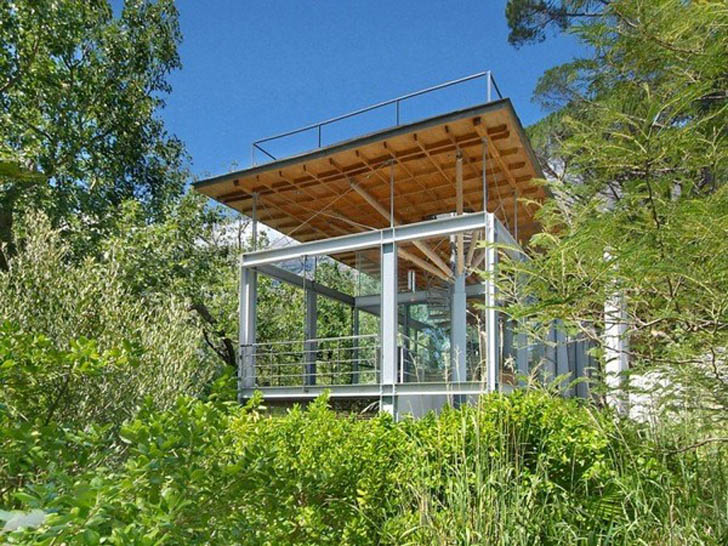 Gorgeous South African Home Sits Amid the Treetops