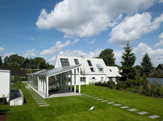 537 x 430 or 700 x 560 green design, eco design, sustainable design, VELUX, Model Home 2020, LichtAktiv haus, photovoltaic panels, hamburg, energy efficiency