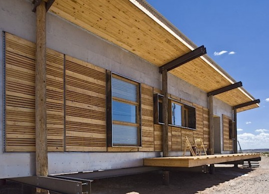 Navajo mum gets new lease on life with this solar powered home - Navajo Mum Gets New Lease On Life With This Solar Powered