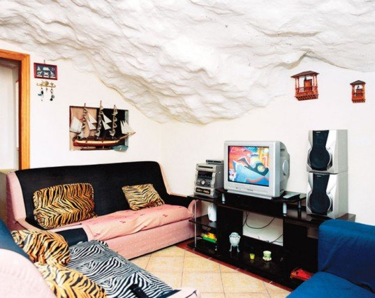 rock houses, cave houses, green houses, rock architecture, cave architecture, cave dwellings, hand built homes, hand built architecture, low impact architecture, eco architecture, spanish architecture, spanish canary islands architecture, spanish design, eco homes