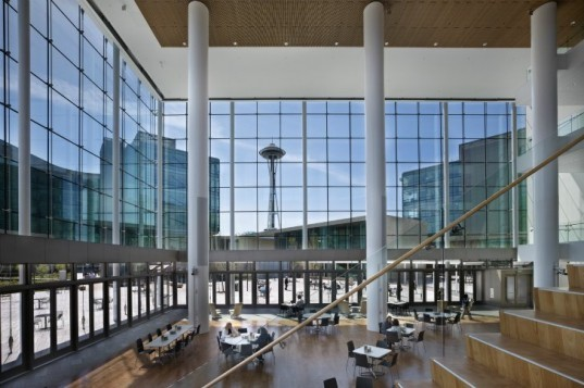 Bill and Melinda Gates Foundation, NBBJ, seattle, leed platinum, green roof, rainwater collection, energy efficient design,