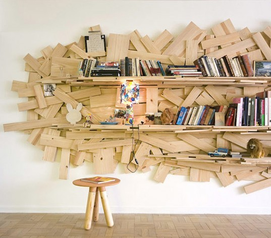 Favela chair, Humberto Campana, Campanas designers, brazilian design, brazilian art, bookshelf built from reclaimed scrap wood, recycled furniture, green furniture, green design, eco made furniture